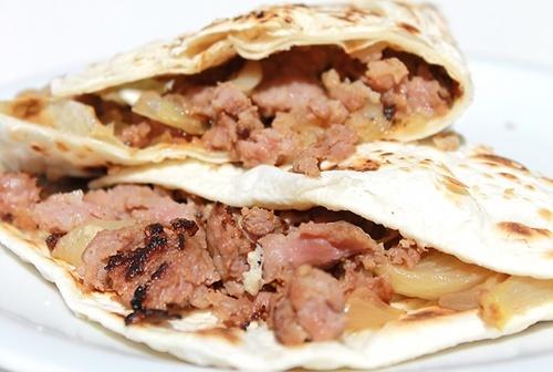 piadina-salsiccia-e-cipolla