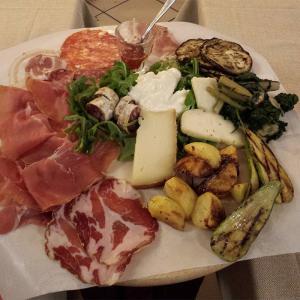 affettati, formaggi e fritto a Bellaria