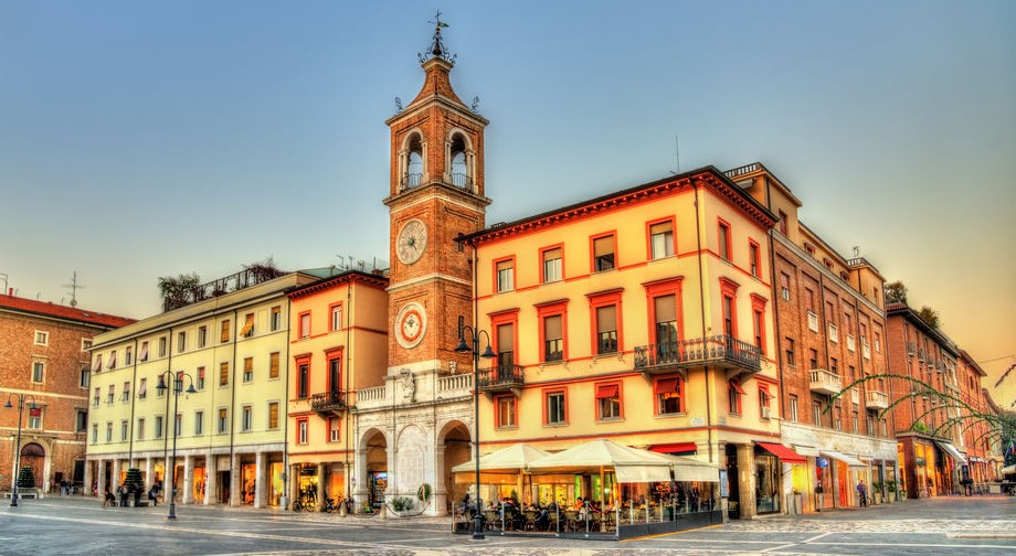 Piazza Tre Martiri nel centro storico di Rimini