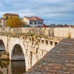 monumento romano a Rimini - ponte di tiberio