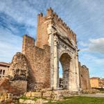 arco di augusto nel centro di Rimini