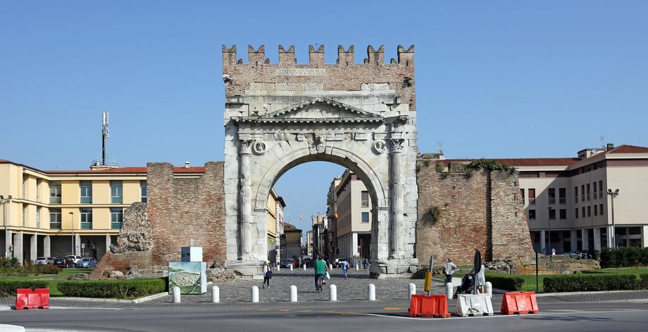 Arco di Augusto: la porta romana più antica di Rimini