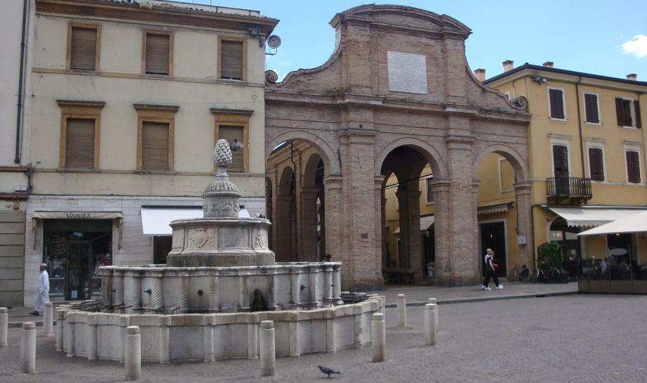 Fontana della Pigna: la fontana del centro storico di Rimini